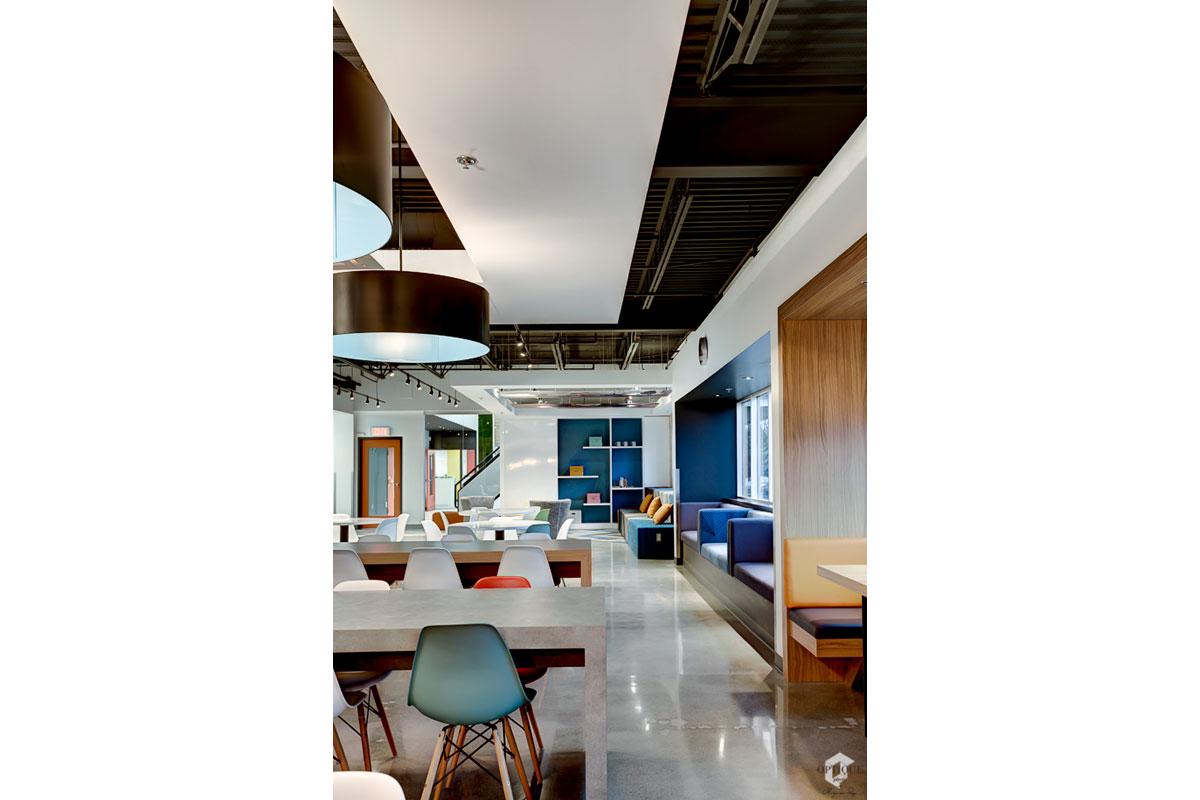 Design intérieur salle de pause entreprise