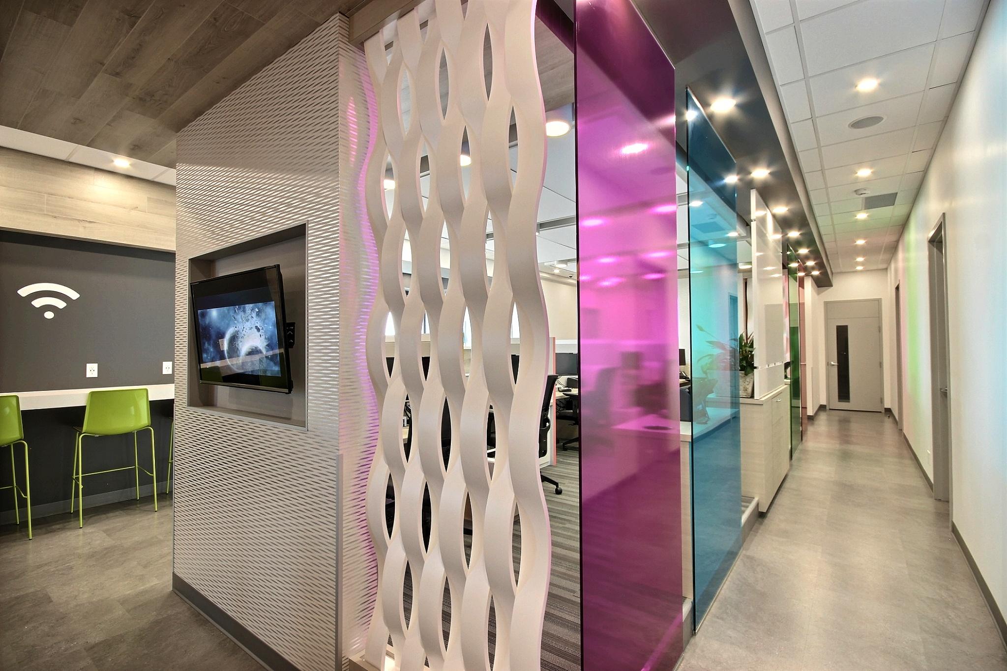 Design intérieur commercial coloré