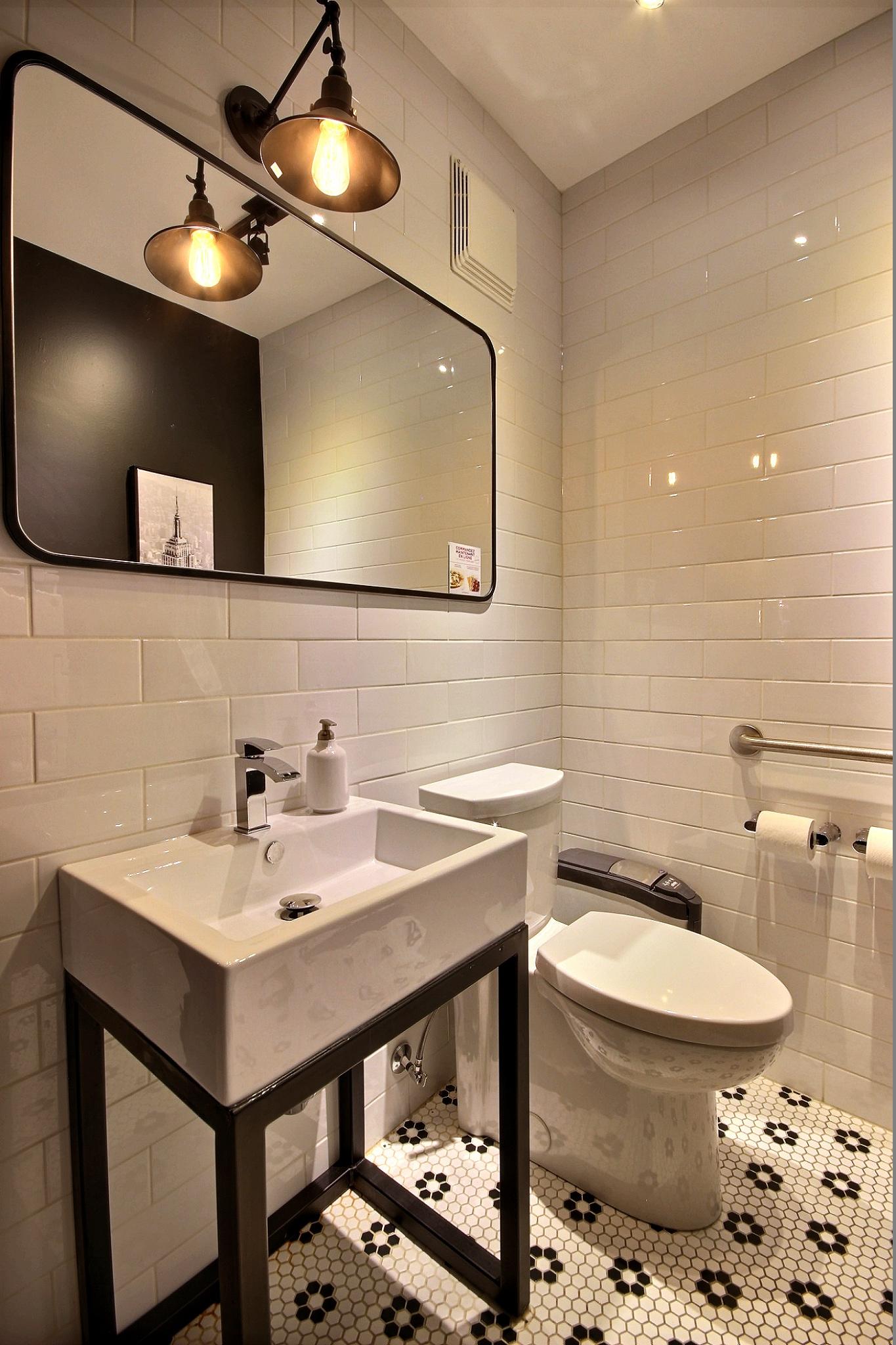 Design intérieur salle d'eau Piazzetta du vieux-port