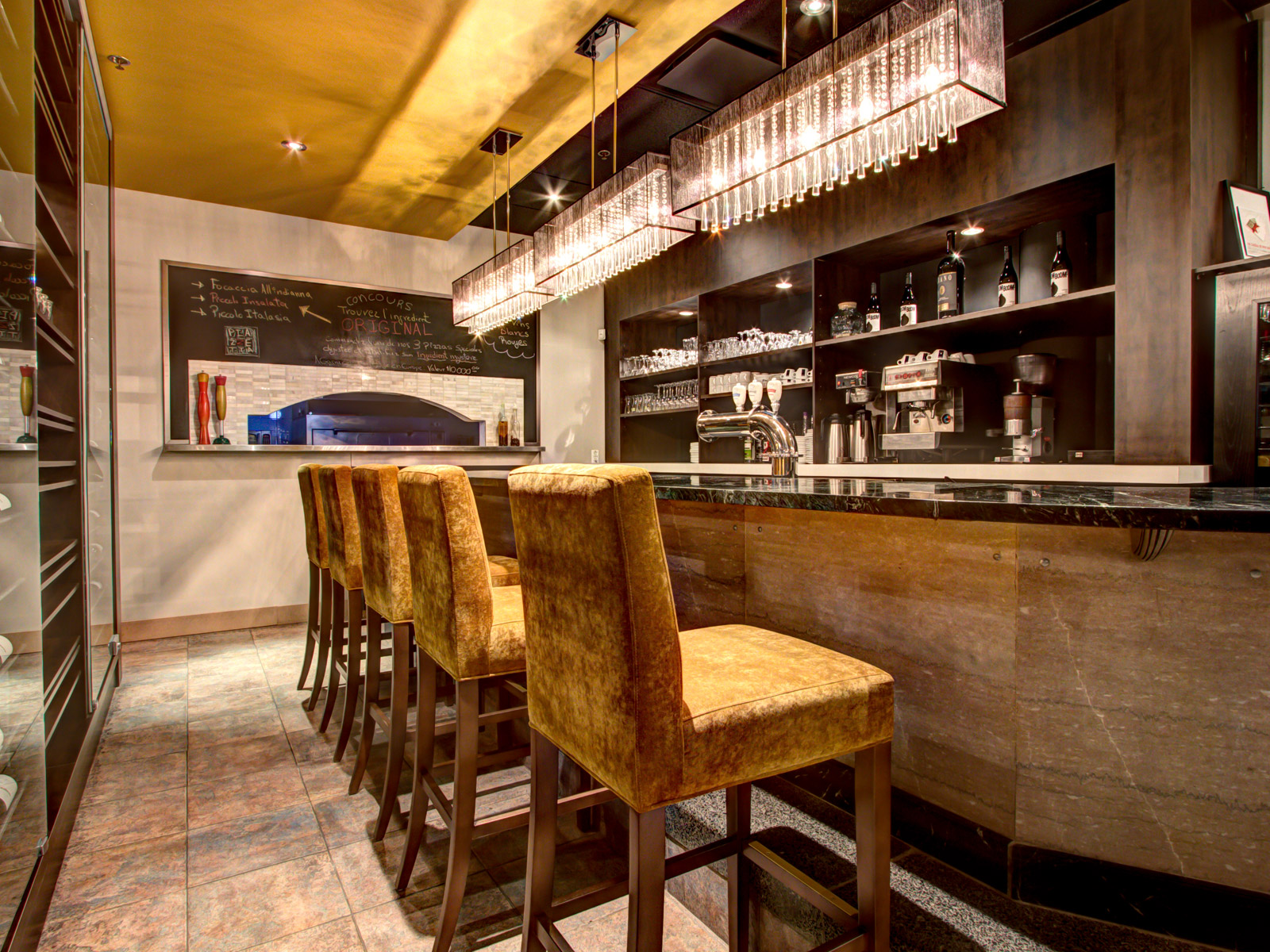 Design d'intérieur bar Piazzetta Levis