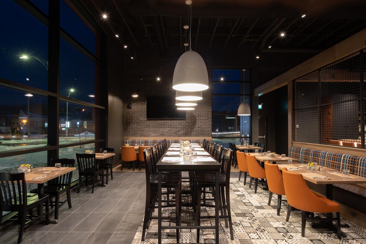 Salle de restaurant design mosaique